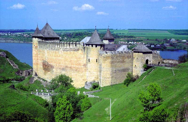 Хотинская крепость сейчас